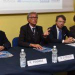 tavolo-dei-relatori-conferenza-stampa